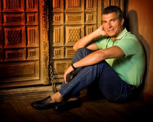 Manolo Sarriá lleva 35 años trabajando como humorista.