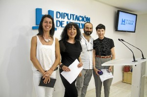 Tobar y Domínguez junto a Isabel Ignacio y Elena Caranca.