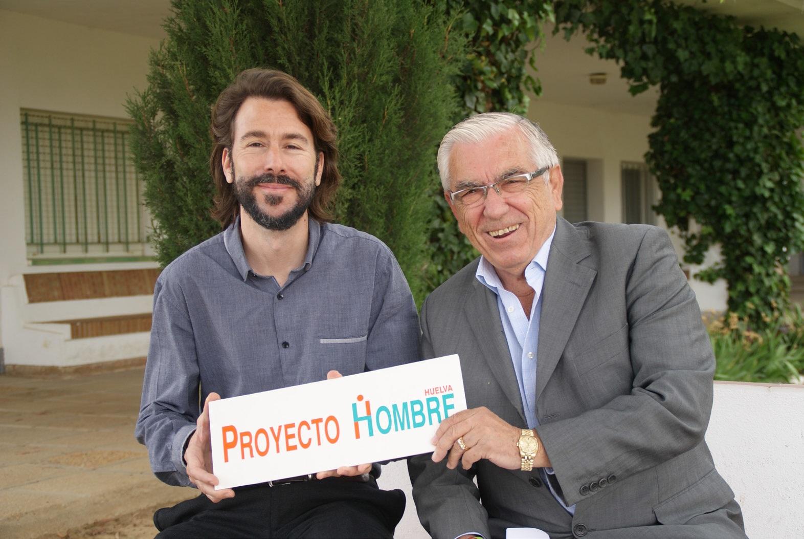 El director de Proyecto Hombre Huelva y el presidente de la Fundación CES Huelva.