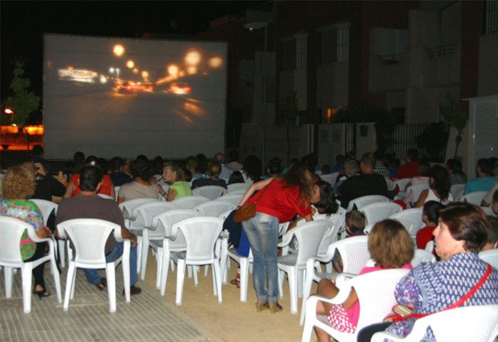 San Juan pone en marcha el cine en los barrios con cuatro proyecciones