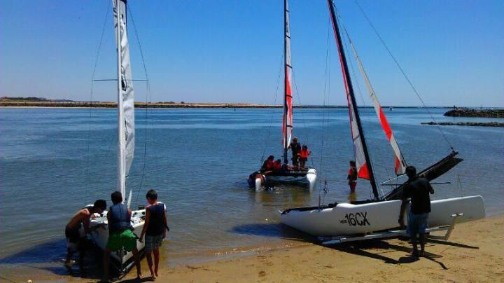 Un total de 13 puertos deportivos onubenses se promocionan en el Salón Naútico de París