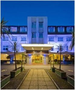 Majestic Hotel Bournemouth, el establecimiento turístico donde esta onubense trabaja.