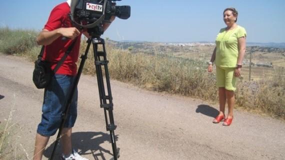 La televisión de Castilla y León promociona el turismo de Huelva a través del tren Huelva-Zafra