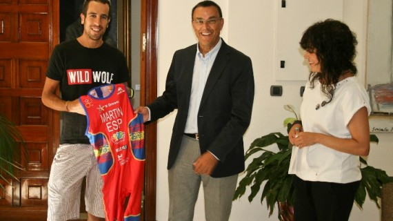 Emilio Martín lucirá el nombre de Huelva en su maillot en el Mundial de Duatlón en Colombia