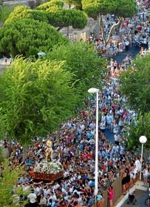 Cientos de fieles acompañarán este martes 16 a la Patrona de los marineros.