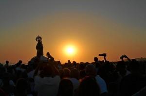 La procesión de la Virgen del Carmen es uno de los acontecimientos más esperados por los puntaumbrieños.