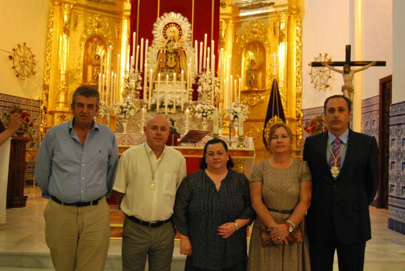 Los concejales López Bogarín y Raya junto a Isabel Perera y Antonio Peña.