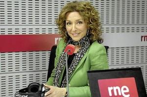 Yolanda Flores trabaja en RNE y en la nueva temporada podremos verla en television.