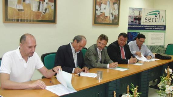 El acuerdo sobre la ultraactividad de los convenios colectivos permitirá impulsar la negociación y el diálogo social