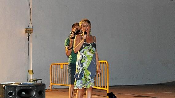 Bollullos abre la campaña estival con el cine de verano