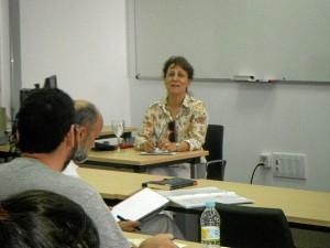 La presidenta de la FAPE, en el curso de la UNIA.