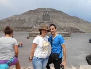 Paloma con su pareja en México, donde ha acabado la carrera de Trabajo Social.