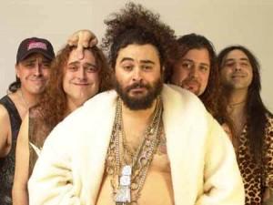 Los Mojinos Escozíos actuarán el día cuatro de agosto en las Fiestas Colombinas de Huelva.