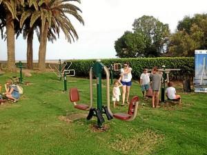 Este parque biosaludable está ubicado en la playa de Isla Canela.