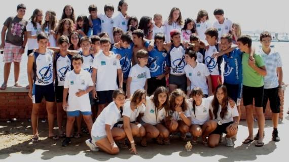 Las piraguas del Club Marítimo ponen rumbo a Pontevedra