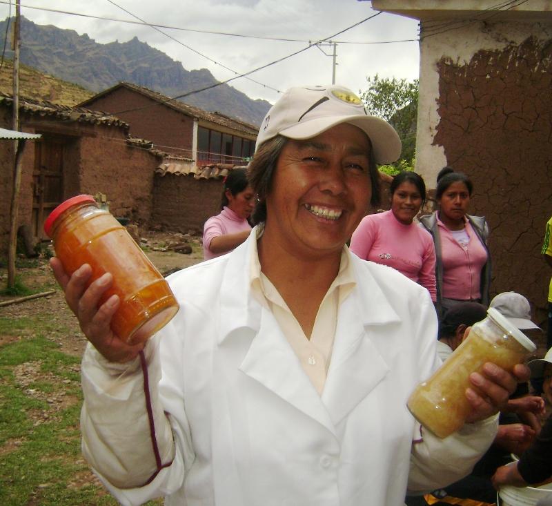 Madre Coraje trabajará durante 3 años para impulsar la economía local en distritos rurales del Ande