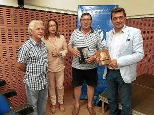 Eduardo Sugrañes ofreció una conferencia en Punta sobre la canoa.