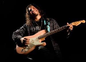 El guitarrista Raimundo Amador. / Foto: www.raimundoamador.com/