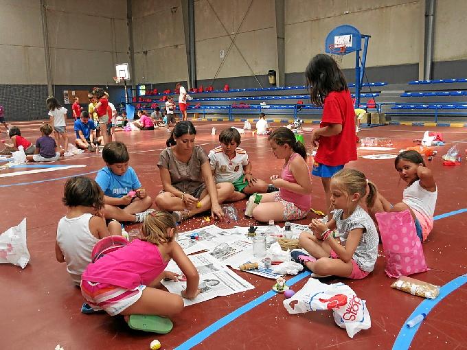Educación medioambiental y deportiva en el Campamento de Verano de Moguer