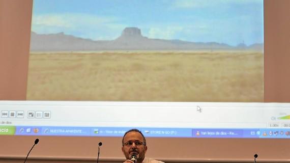 El onubense Uberto Stabile presenta en Valencia su libro documental