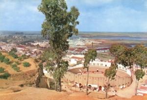 Vista desde arriba del coso taurino onubense. / Foto: www.pueblos-espana.org