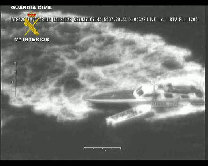 Imagen aérea de las lanchas incautadas.
