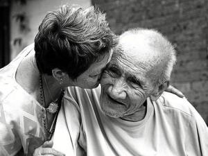 Actividad para familiares y enfermos de Alzheimer. / Foto: somospacientes.com.