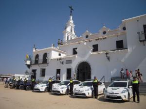 Los nuevos vehículos de la Policía almonteña.