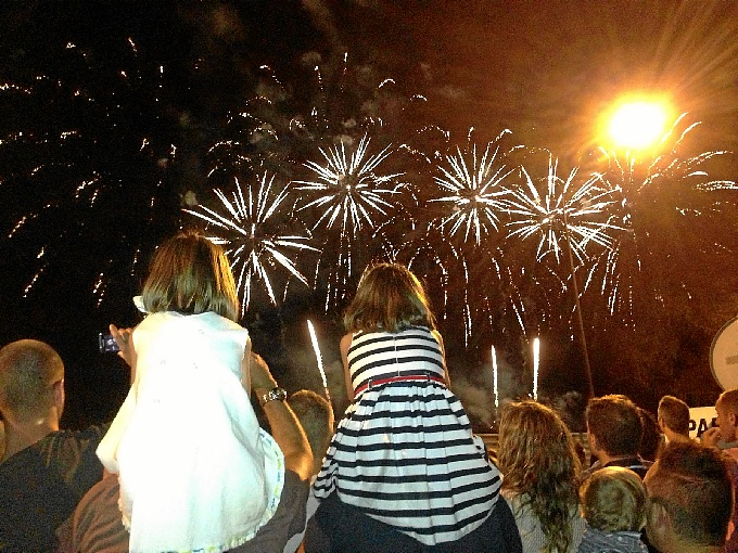 More than 500,000 people visit The Colombina's Festival 2013