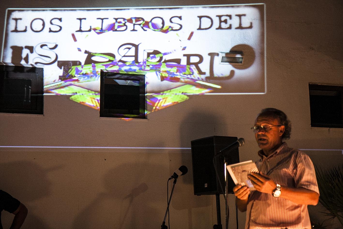 José Luis Rúa presentó el acto. / Foto: Javi Losa.
