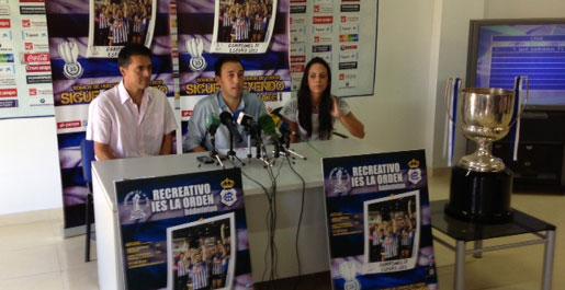 Un momento de la presentación de la campaña de socios del Recreativo IES La Orden. / Foto: P. G.