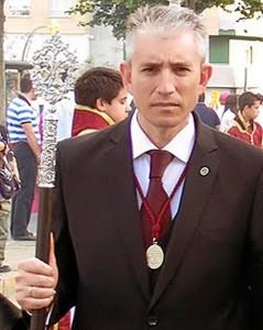 Domínguez también es el actual vicepresidente del Consejo de Hermandades .
