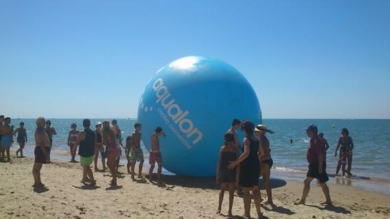 Los centros comerciales de Huelva retratan a los onubenses en la playa