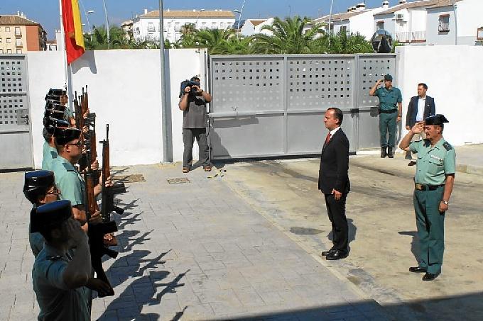 Martínez, ante la representación de todas las escalas de la Guardia Civil.