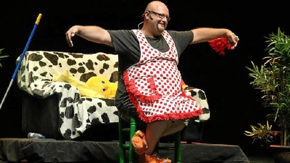'Dos hombres solos, sin punto com… ni ná' abre el ciclo de humor en el Teatro del Mar de Punta Umbría