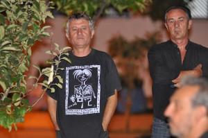 Eladio Orta estuvo acompañado por Antonio y Rafa Camacho. / Foto: José Luis Rúa