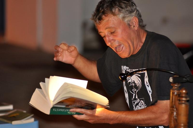 Eladio protagonizó una emotiva presentación en una mágica noche.