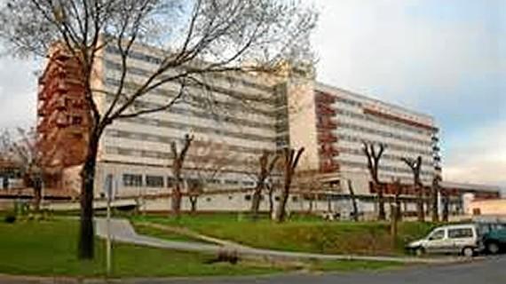Los hospitales de la capital inician una campaña para informar a sus usuarios de como prevenir los efectos de las altas temperaturas