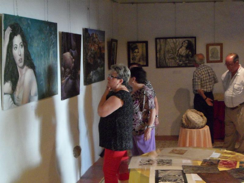 La inauguración de la muestra estuvo respaldada por el público.