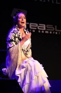 La cantaora afirma de la buena música sólo entiende de sensibilidad. / Foto: Flamencomanía / Facebook