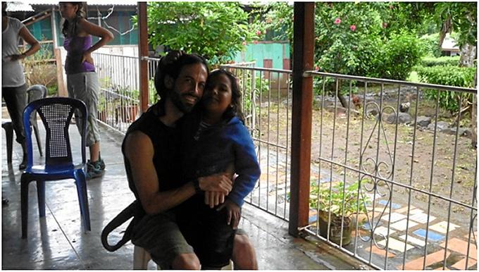 Dani ha estado como voluntariado en países como India, Nicaragua, Marruecos y Ecuador.