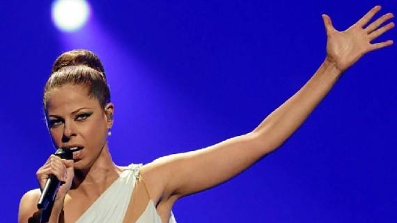 Pastora Soler actúa este viernes 2 de agosto en el escenario de 'Música junto a la Ría' de Colombinas