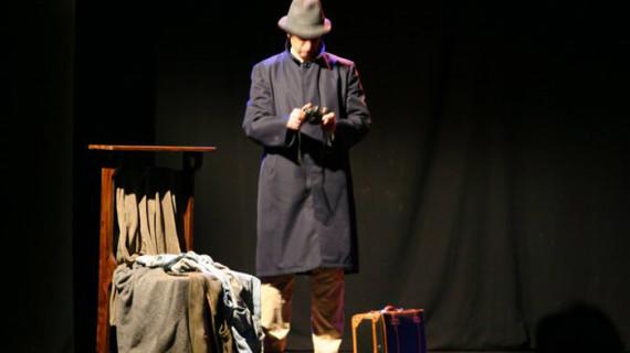 Llega a Moguer la comedia teatral '¿Quién mató a Gregorio Varela?'