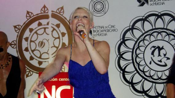Nutrición Center celebra su internacionalización con un concierto de Soraya en el marco de las Fiestas Colombinas
