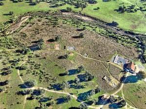 Vista aérea general de la ciudad de Arucci (Aroche).
