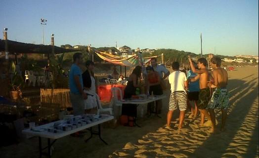 Las playas de Huelva acogen una campaña de información sexual dirigida a los jóvenes