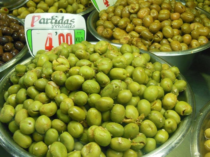 La variedad verdial es la más demandada en Huelva.