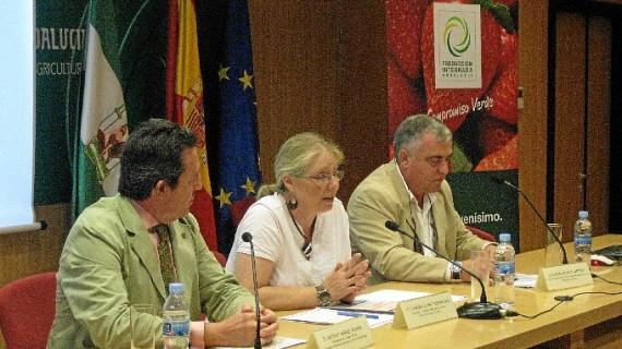 Unas jornadas ponen de manifiesto que Huelva está en posiciones de cabeza en Andalucía en agricultura ecológica