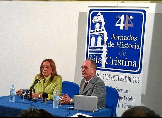 Maria Luisa Faneca y Vicente López durante las jornadas de Historia de 2012-bis