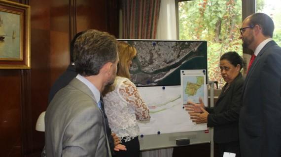 El proyecto del Paseo de la Ría, del Puerto de Huelva, espera convertirse en referente turístico